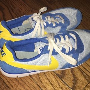 Lightweight Nike size 10 Shoes